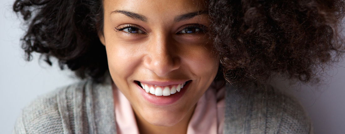 beautiful-african-american-woman-face-smiling-PPMMZ4S